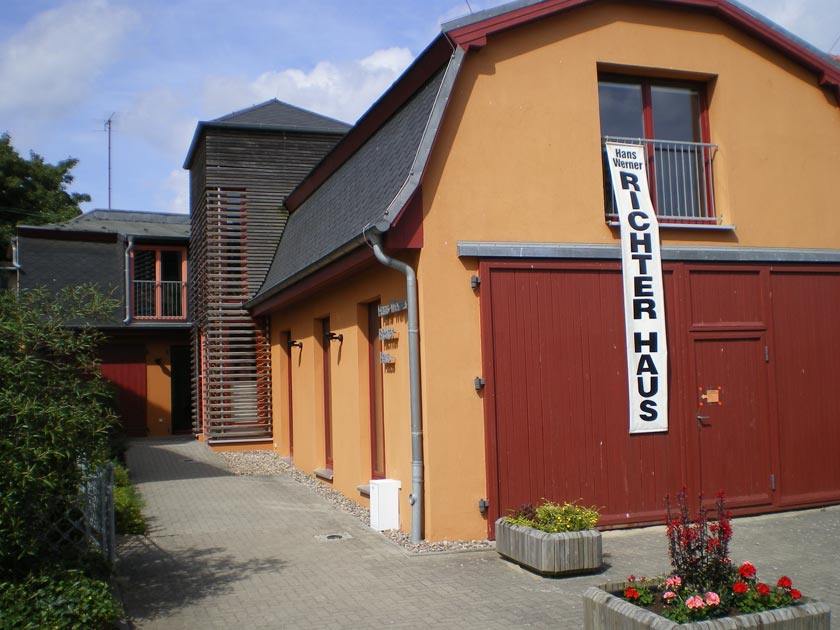 Das Hans-Werner-Richter-Haus in Bansin auf der Insel Usedom - Foto: Hans-Werner-Richter-Haus