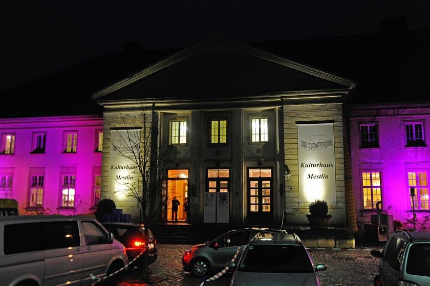 Kunsthandwerkermarkt im Kulturhaus Mestlin, Foto: Hinterland