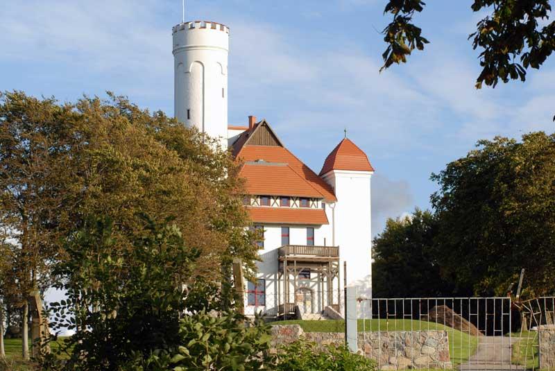 Das Hotel Schloss Ranzow in Lohme auf Rügen erweitert seine Golfanlage.