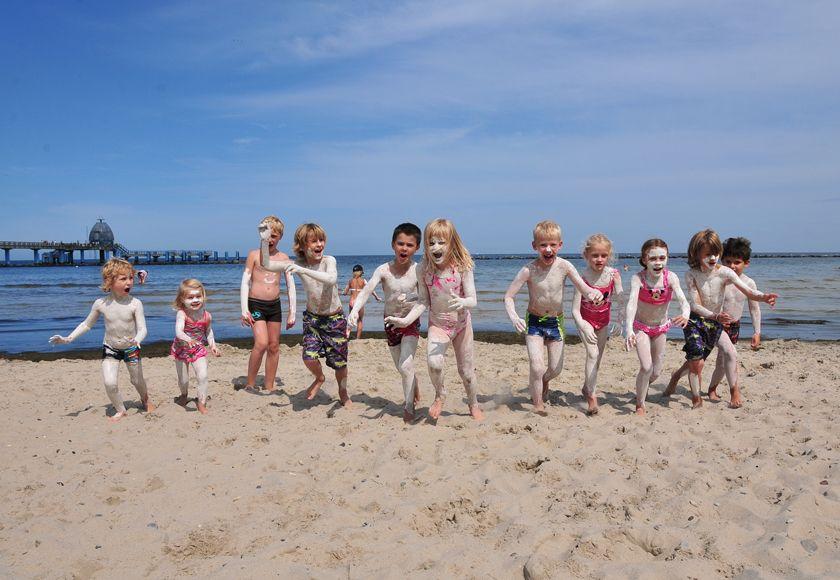 Der Verein Rügener Heilkreide lädt zur Kreidezeit am Strand ein.